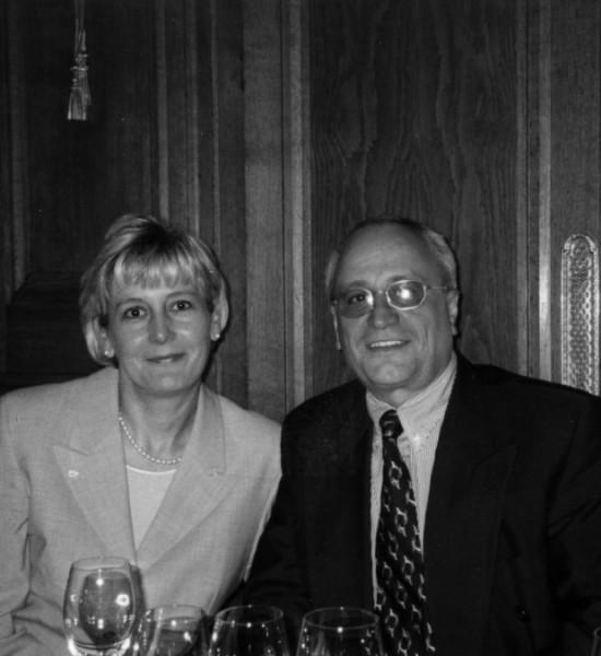 Фил Филипов и съпругата му Вероник