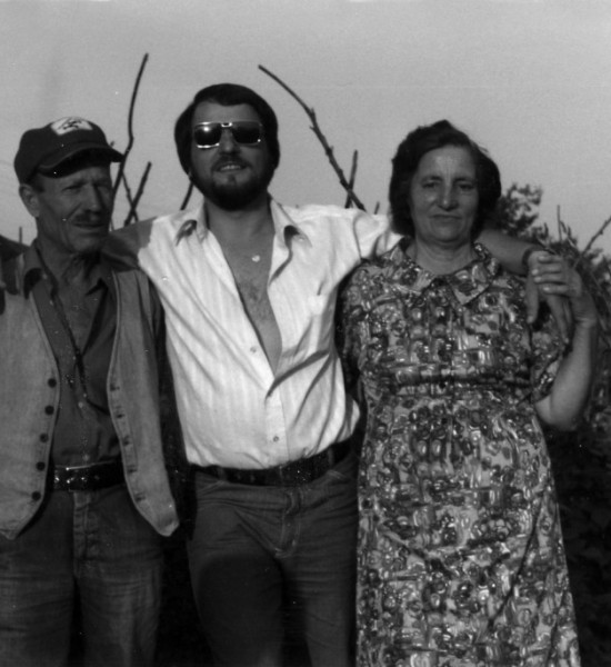 Фил Филипов и неговите родители, по време на първото посещение в България 20 години след бягството